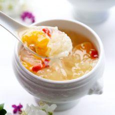 银耳蜜柑汤