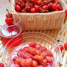 封存一罐甜蜜――糖水樱桃的做法