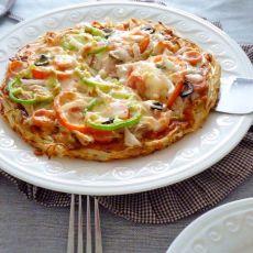 """金枪鱼披萨――土""""豆""""丝饼底"""