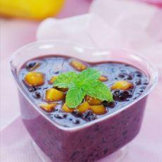 健脾暖胃的芒果椰汁黑糯米