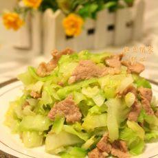 卷心菜炒肉片的做法