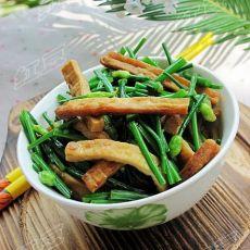 简单家常菜---韭菜苔炒豆腐
