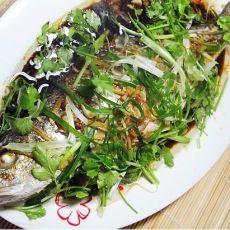 清蒸红鮕鱼的做法