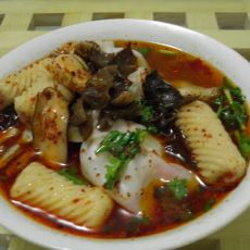 红油鱼卷馄饨的做法