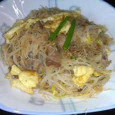 肉末绿豆芽炒米粉