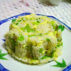 黄花菜蛋炒饭的做法
