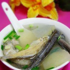 鲜美小鱼冬瓜汤