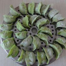 鲜虾菜汁水饺的做法