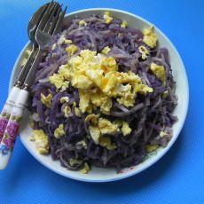 紫甘蓝炒饼