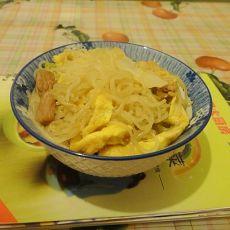鸡蛋肉丝炒米粉