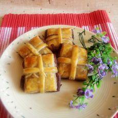 豆沙礼盒酥的做法