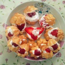 草莓泡芙的做法