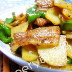 青椒土豆炒肉片