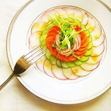 瘦身蔬菜芥末汁沙拉Carpaccio