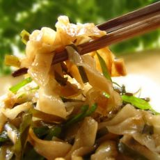炒饺子皮的做法
