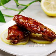 润肤美白健康菜----柠香蚝油煎焖鸡翅
