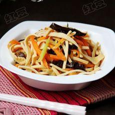 胡萝卜木耳豆腐丝