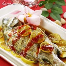 泰式柠檬蒸鱼