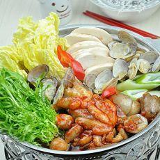 章鱼海鲜火锅的做法