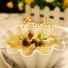 竹荪蟹味菇汤