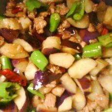 青椒肉沫烧茄子的做法