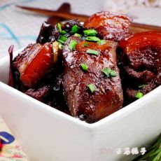 马哈鱼炖五花肉