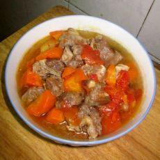 西红柿胡萝卜炖牛肉块