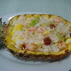 椰浆菠萝海鲜饭的做法