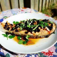 蒜头豆豉蒸三文鱼