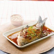 黄豆酱蒸鱼的做法