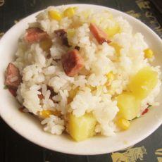 土豆香肠玉米粒焖饭的做法