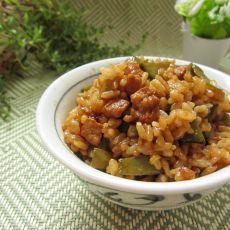 扁豆肉丁饭