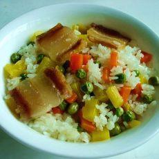 腊肉胡萝卜焖饭的做法