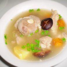 扁豆香菇炖骨头