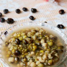 绿豆薏米百合籽汤的做法