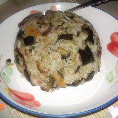 茄子炒米饭的做法