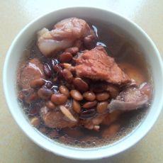 骨头黑豆汤