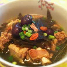 红枣养颜排骨汤