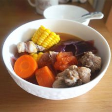 番茄玉米排骨汤