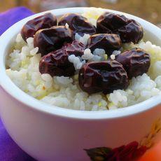 玉米茬大枣米饭的做法