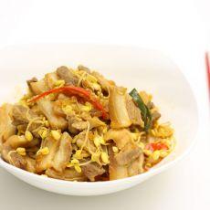 五花肉炒黄豆芽的做法