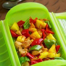彩椒菠萝鸡丁―营养开胃