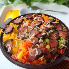 时蔬腊肉焖饭