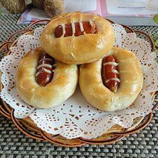 沙拉酱肠仔包――纯手工面包