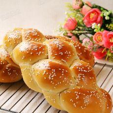 芝麻四股辫子面包