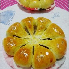 椰丝莲蓉面包的做法