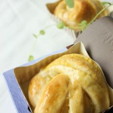 红薯椰香面包卷