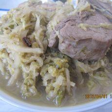 脊骨炖酸菜--东北菜的做法