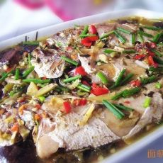 酸菜黄花鱼
