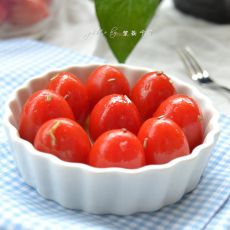 香渍番茄的做法